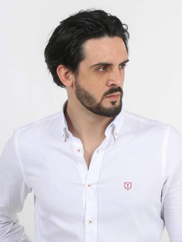 Camisa lisa de algodão com cotoveleira