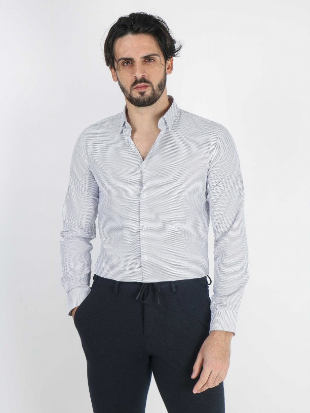 Geometric pattern slim fit shirt