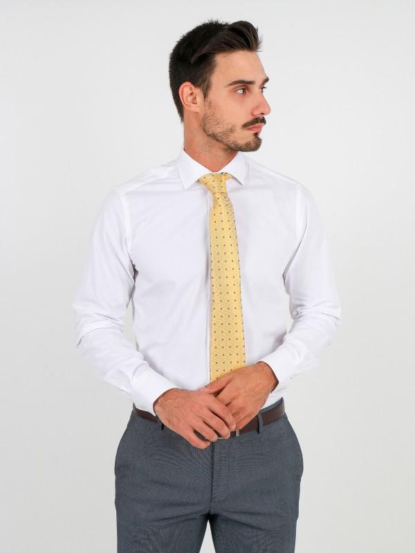 Camisa clásica lisa de algodón regular fit
