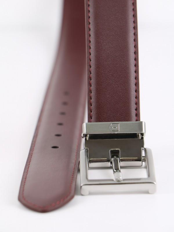 Cinturón elegante en piel