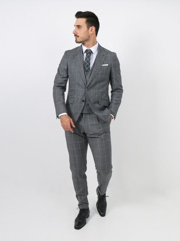 Regular fit 100% wool pattern suit with waistcoat