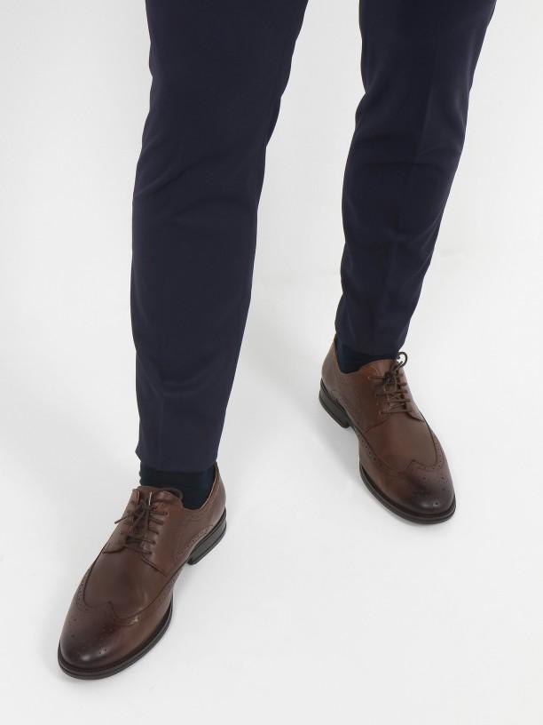 Pantalones clásicos slim fit