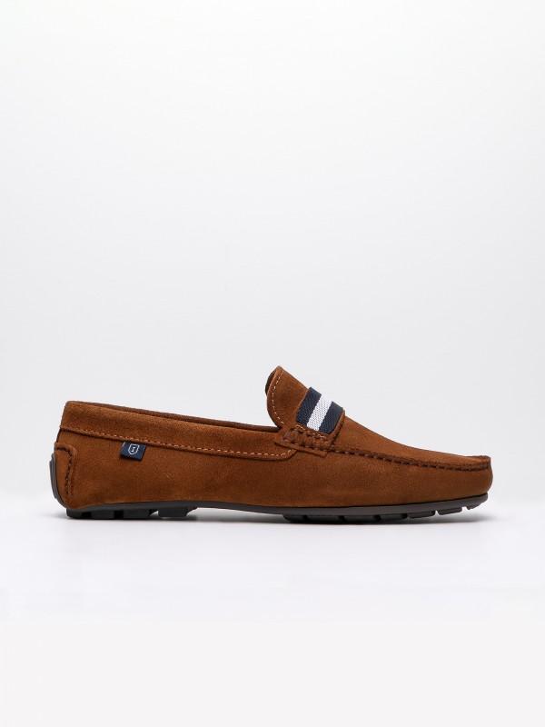 Sapato loafers de pele croute