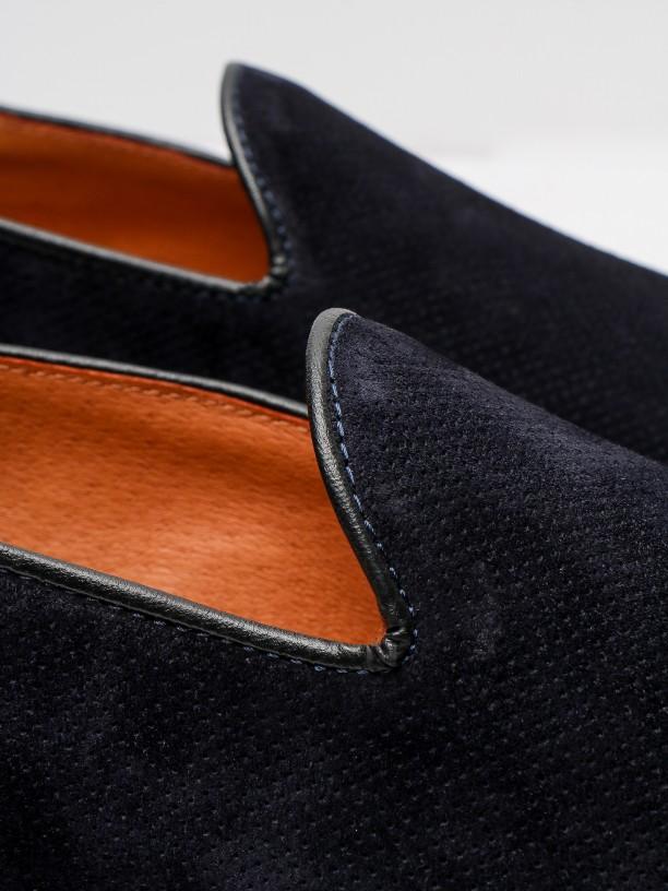 Zapato mocasín de piel serraje