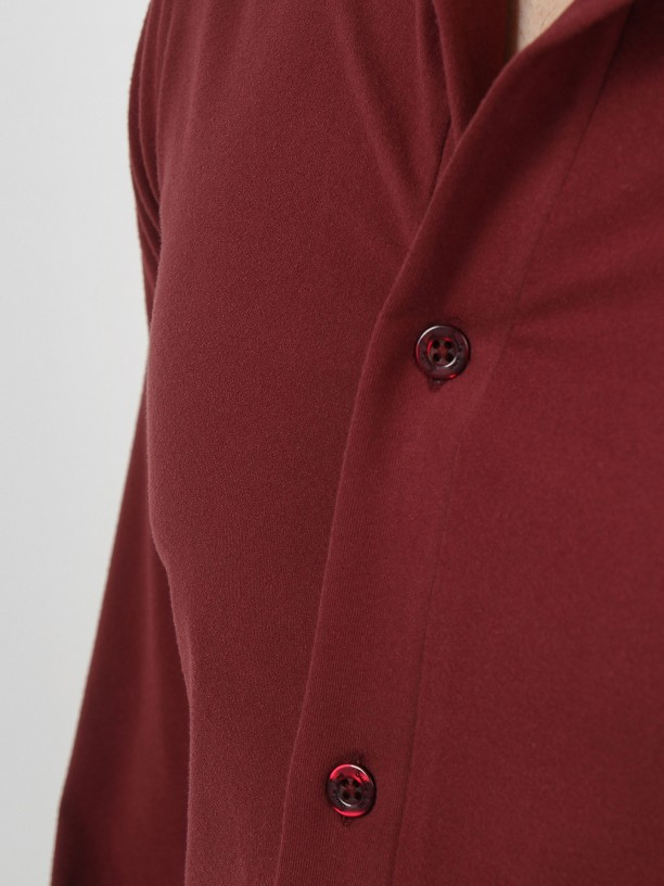 Camisa tela de punto fina slim fit
