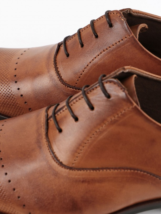Leather elegant shoes