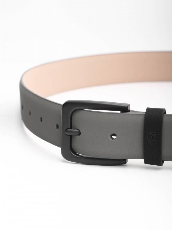Cinturón casual en piel hebilla negra