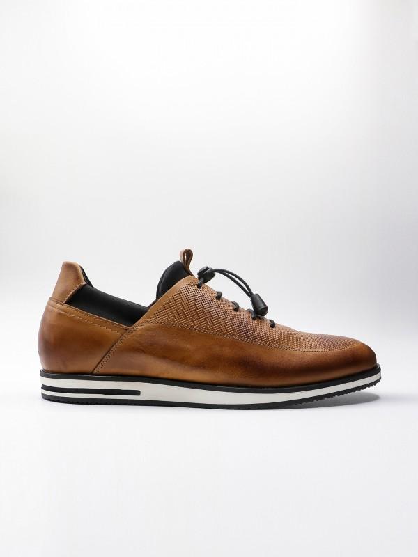 Zapato casual de piel picado