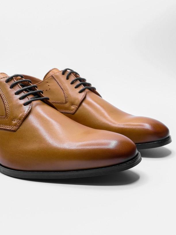 Elegant brushed leather shoes