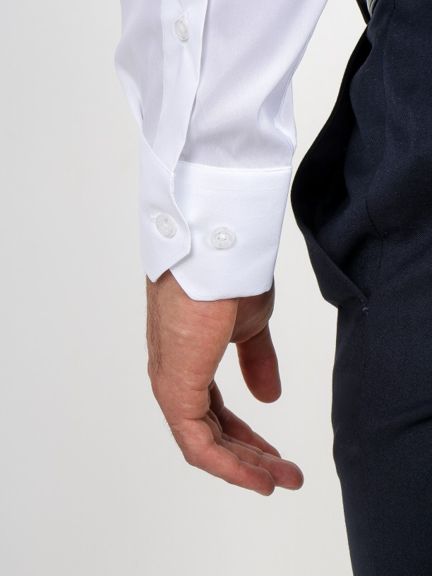 Camisa clássica lisa de fácil engomar