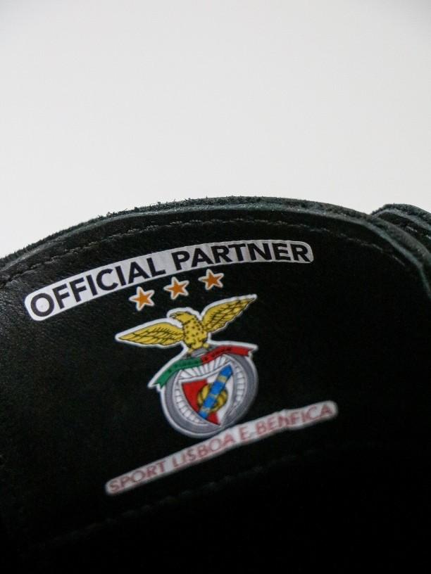 Zapato de vestir piel picado edición SL Benfica