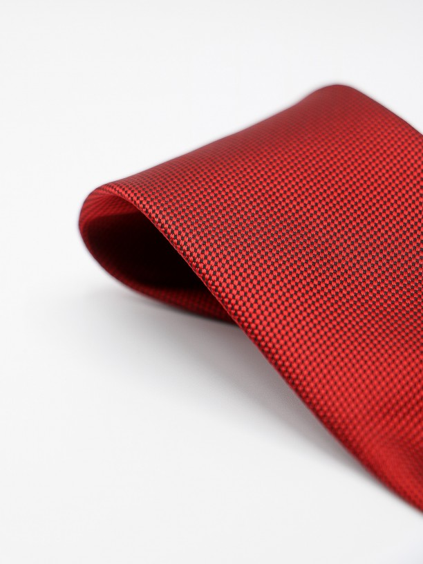 Classic tie with micro pattern