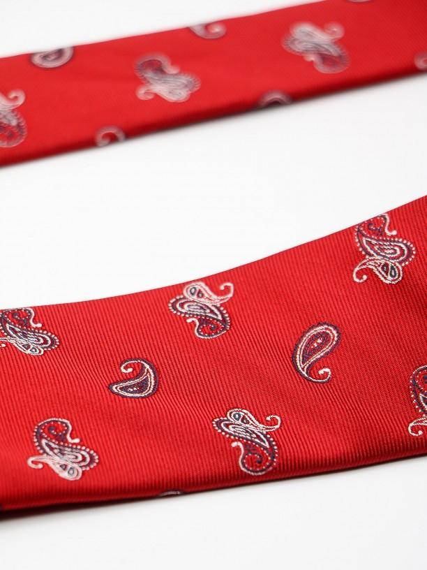 Gravata clássica com padrão gotas