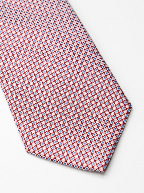 Classic tie with pattern