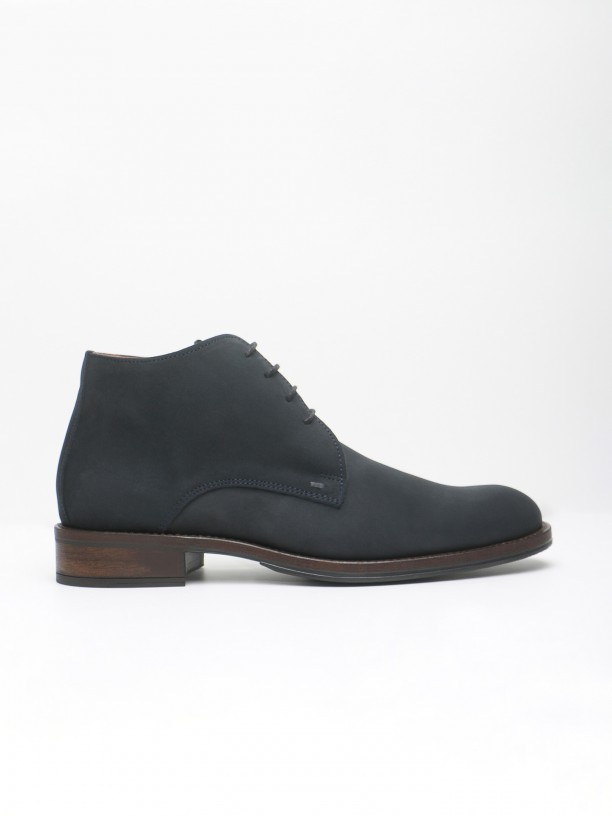 Suede leather safari boots
