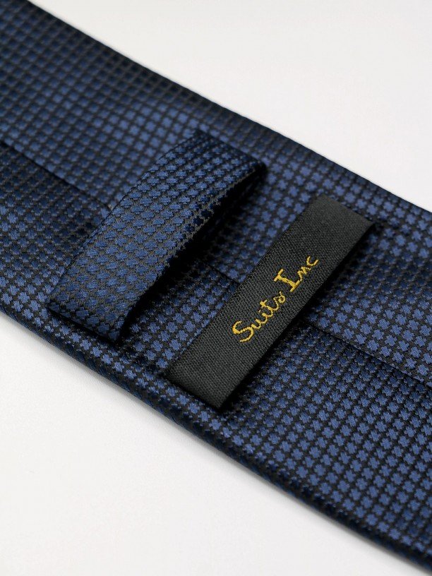 Classic tie with structured pattern
