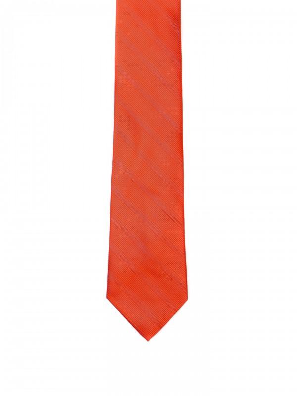 Corbata clásica con estampado de rayas