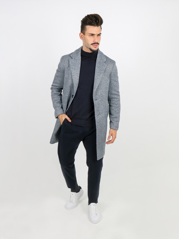 Knitted overcoat with pattern